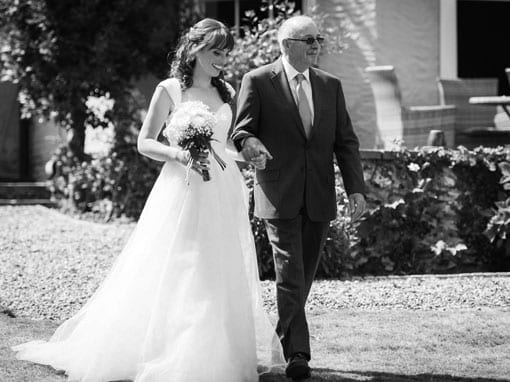 ANNEKE & PHIL – WALK DOWN THE AISLE