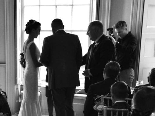 LISA & STUART – EXCHANGING RINGS