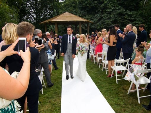 Rob & Stacey – Walking down the aisle