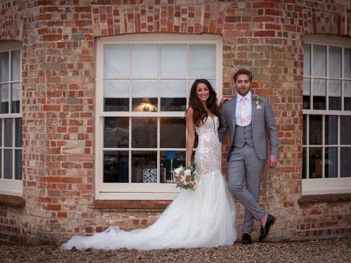 ASHLEE & LEE – THE HAPPY COUPLE