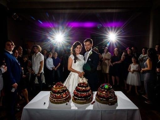REBECCA & TOMMY – CAKE