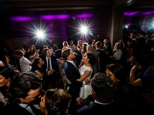 REBECCA & TOMMY – FIRST DANCE