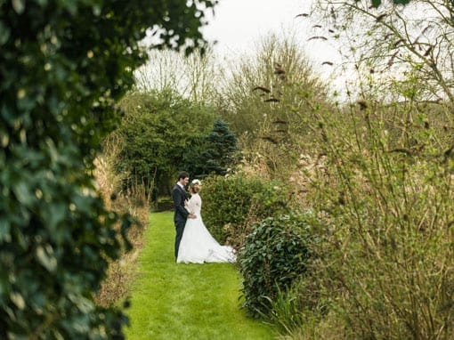 RACHEL & ALEX – IN THE SECRET GARDEN