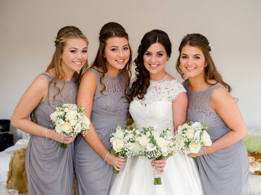 REBECCA & TOMMY – BRIDE WITH BRIDESMAIDS