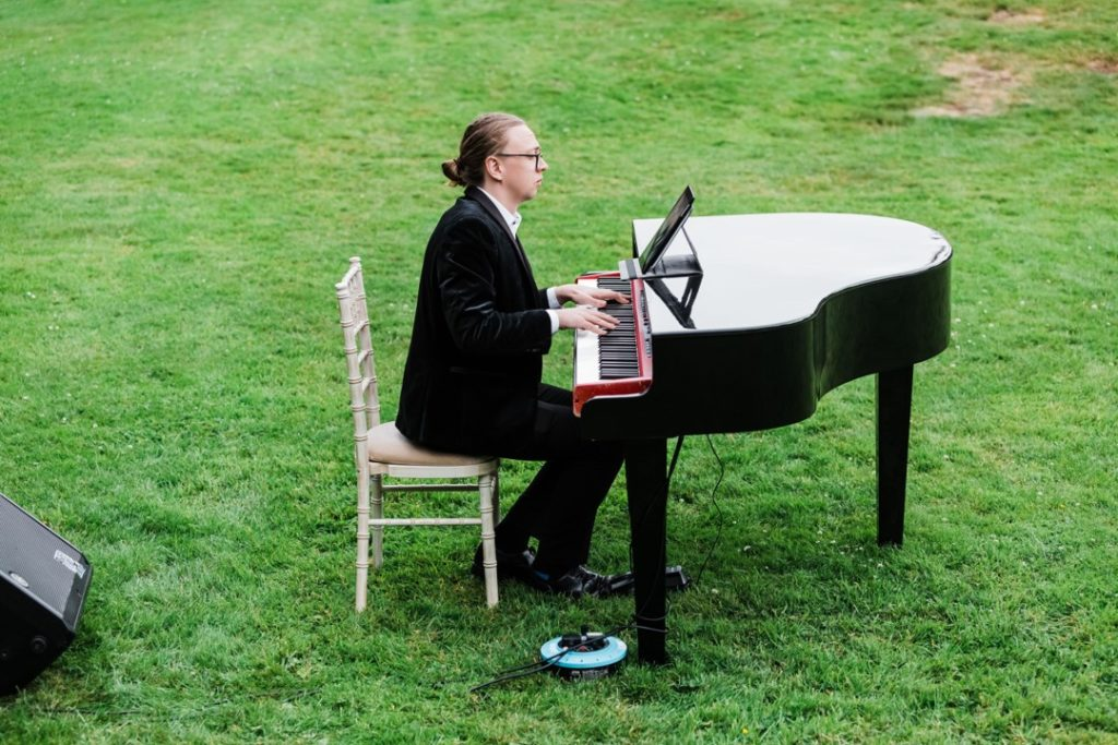 Wedding Pianist That Amazing Place Essex Wedding Venue