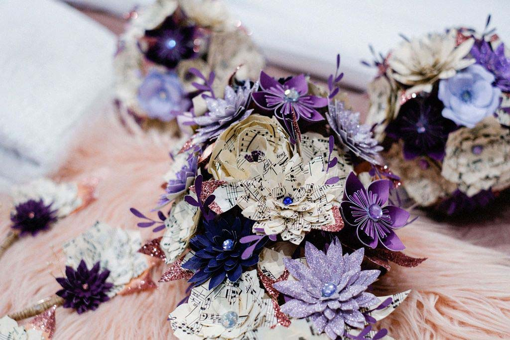 Melissa & Tom Tie The Knot At That Amazing Place Wedding Venue Essex Flowers