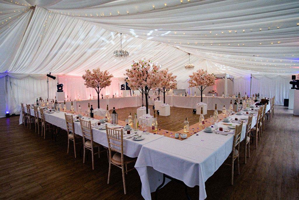Melissa & Tom Tie The Knot At That Amazing Place Wedding Venue Essex The Marquee