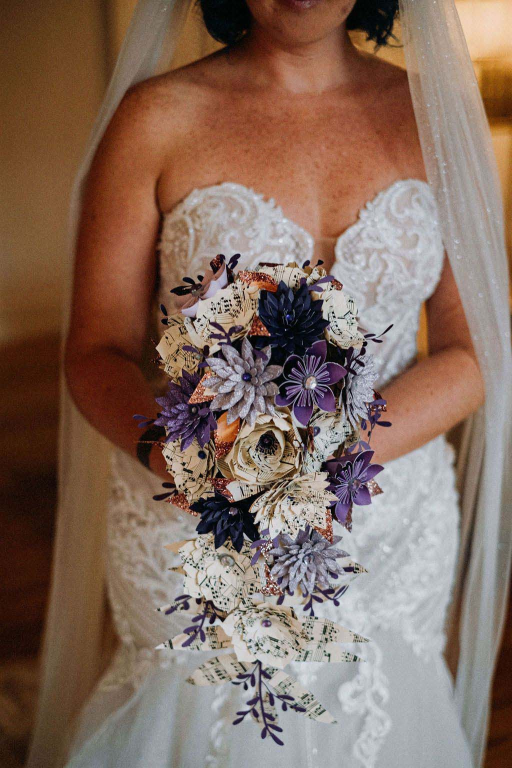 Melissa & Tom Tie The Knot At That Amazing Place Wedding Venue Wedding Dress